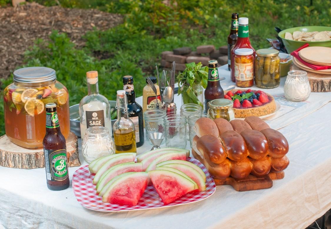 A Farm Cookout // www.WithTheGrains.com