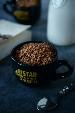 23-with-the-grains-chocolate-almond-granola-03