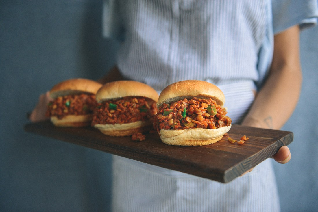 Vegan Lentil Sloppy Joes // www.WithTheGrains.com