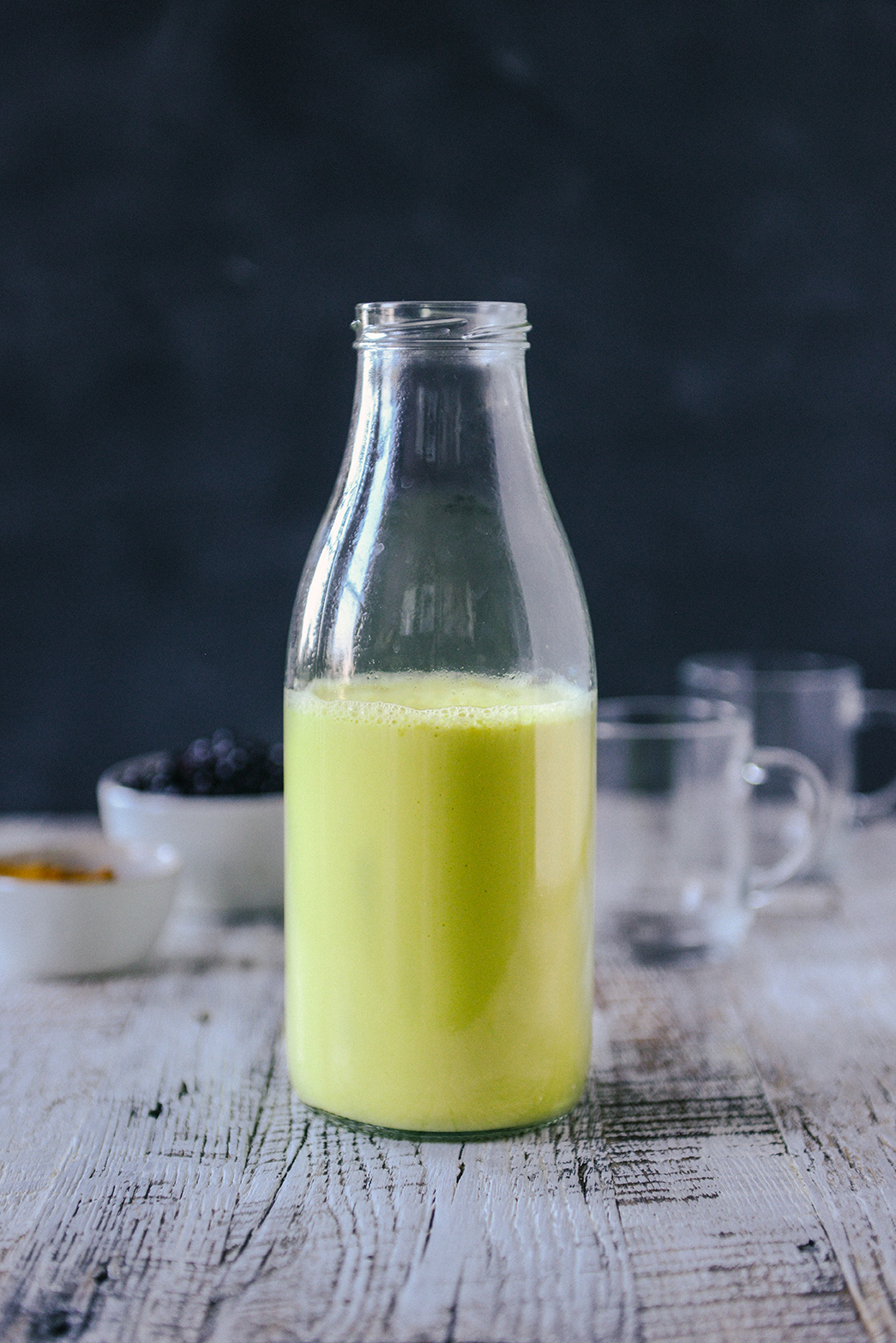 Vegan Golden Milk: A Healthy & Sweet Warm Drink // www.WithTheGrains.com