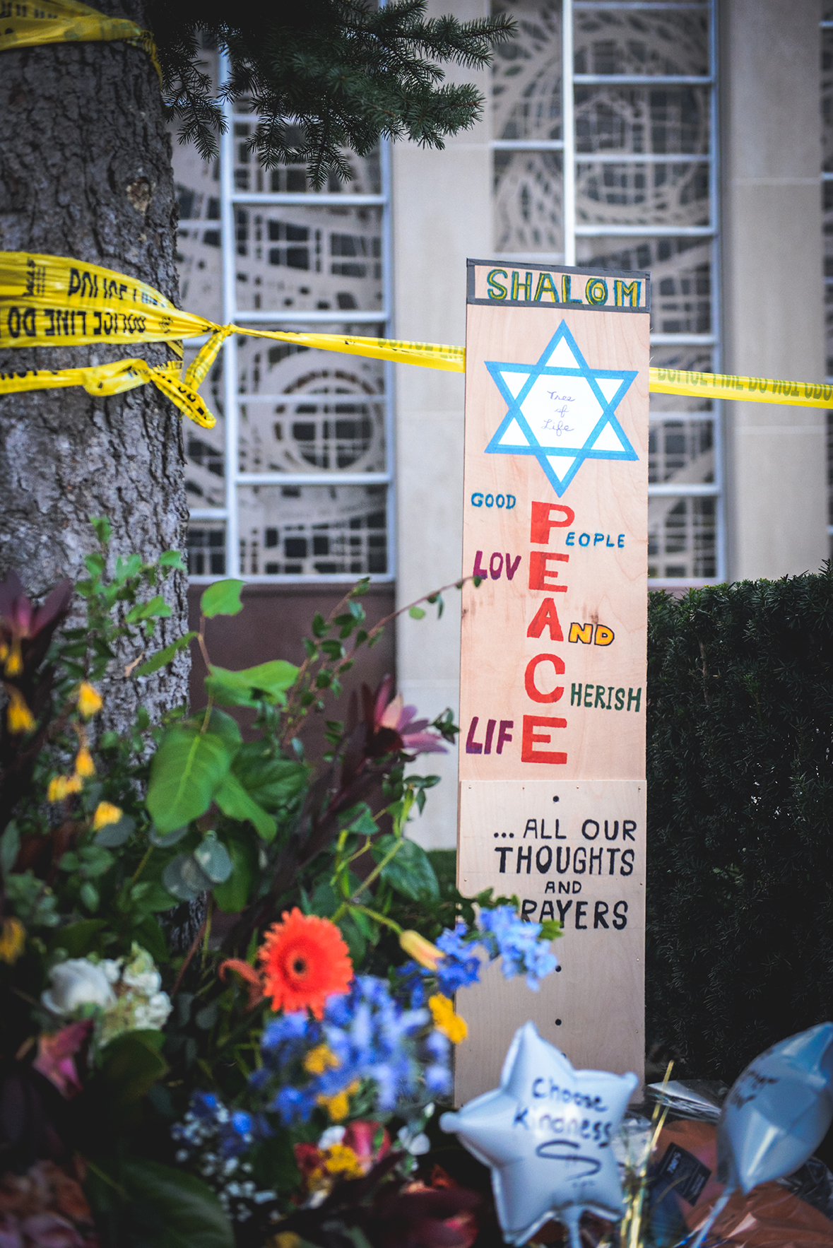Remembering The Tree of Life Synagogue Tragedy // www.WithTheGrains.com