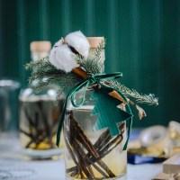 Homemade Vanilla Extract: A DIY Gift Idea