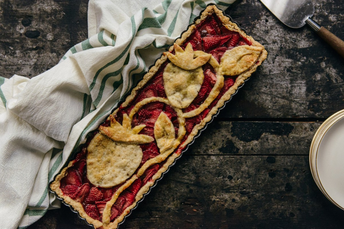 Strawberry Tart with an Oat Flour Crust // www.WithTheGrains.com