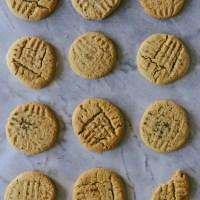 Almond Flour Peanut Butter Cookies (Gluten-Free)