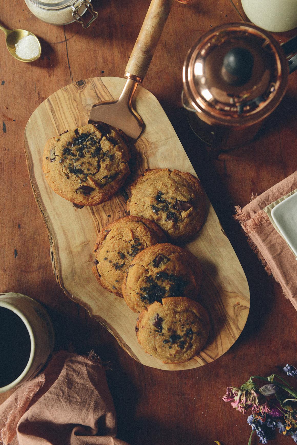 Gluten-Free Peanut Butter Chocolate Chunk Cookies