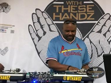 WTHandz-2017-10-15 | WM-250KB-031