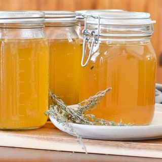 Easy Slow Cooker Homemade Chicken Stock