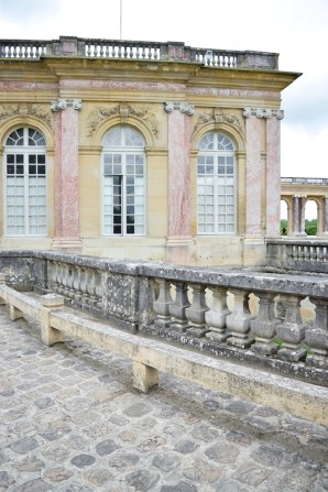 In today's post, I share the five experiences that really delivered on our dreams of a romantic and picturesque Paris vacation. #paris #vacation #travel #tourism #romance #thingstodo #versailles #louvre #giverny #wanderlust