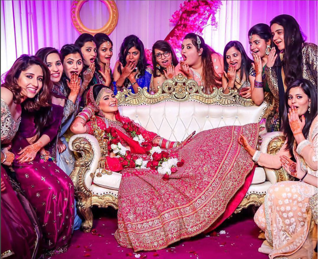Yaari Dosti Shaadi Wedding Pictures You Must Take With Friends