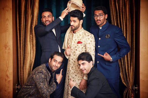 pictures every indian groom must have with his friends from the wedding | When your boss are girls | Divyanka tripathi wedding vivek dahiya and friends | Curated by Witty Vows