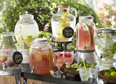 How to create an amazing cocktail bar at an Indian wedding - Ideas curated by Witty Vows | Satellite bar Punch Bar Sangria