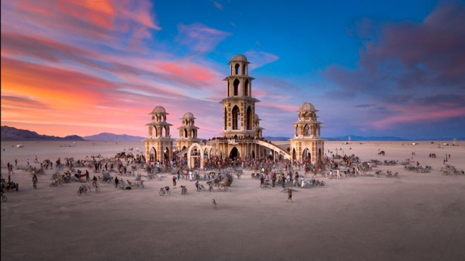 New trends in Indian wedding - inspired from the Burning Man festival | Interview with Geeta Samuel | Curated by Witty Vows