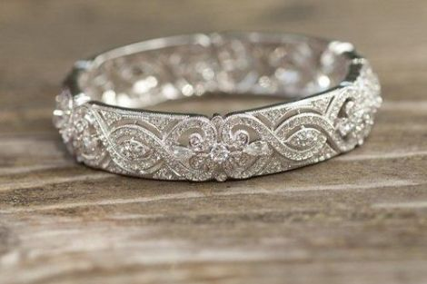 Trending New Wedding ring design ideas for Indian brides on a budget   Vintage style Wedding Band Design Ideas