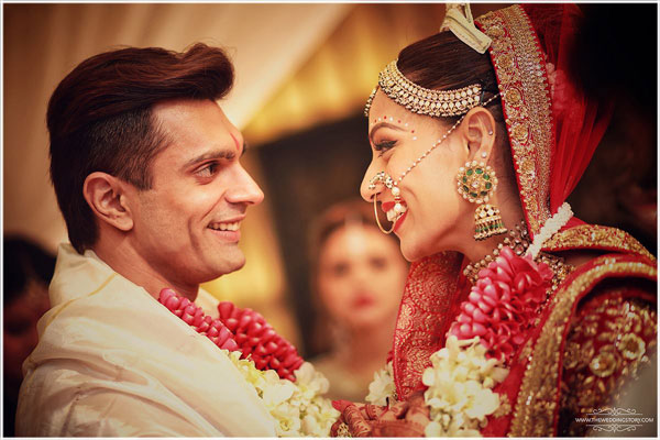 Top Indian Celebrity Weddings 2016 | Stunning wedding ideas from Bipasha Basu and Karan Singh Grover's wedding | Bengali wedding ceremony | emerald kundan set with red and gold lehenga