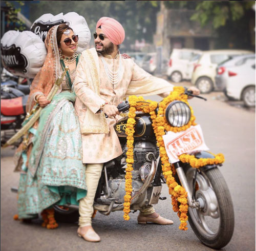 Groom and Bride exit ideas for Indian Weddings | vidai ideas | wedding send off ideas | couple exit ideas | Indian couple exit wedding groom and bride on a monster truck | Shot by the Studio Kelly