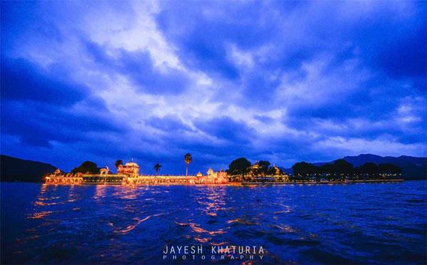 Best royal Indian wedding venue - Jag Mandir Palace island udaipur | royal wedding venues | royal wedding | destination wedding in india | Indian destination wedding | palace wedding venues | destination wedding venue | Royal Indian wedding venue | Wedding by Jayesh Kathuria
