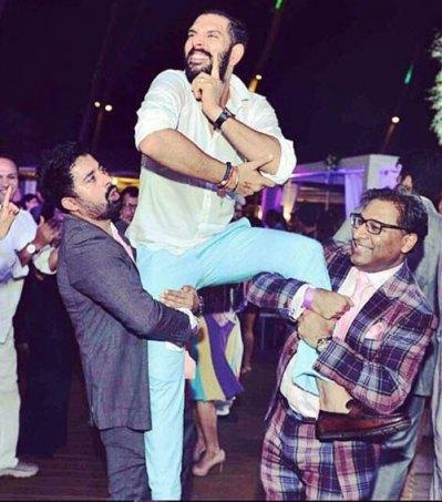 Yuvraj Singh's Wedding reception & Sangeet in Delhi | Yuvraj with Ranvijay on a high