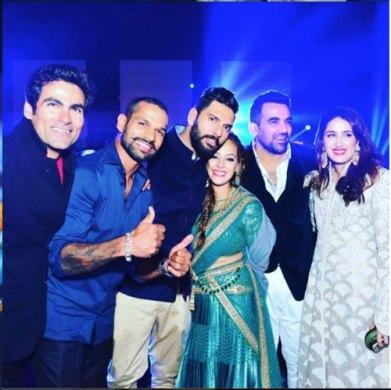 Yuvraj Singh's Wedding reception & Sangeet in Delhi | The cricket crew