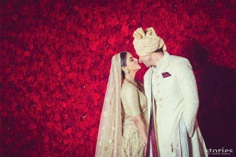 Fav best celebrity weddings 2016 | Asin wedding | Rose wall backdrop | Top Indian Celebrity Weddings 2016 | Wedding ideas from Asin and Rahul's wedding | Hindu wedding at Dust Devrani | Asin in gold Sabyasachi lehenga | Phoolon ki chadar | Bollywood Wedding Style you'll have as per Horoscope