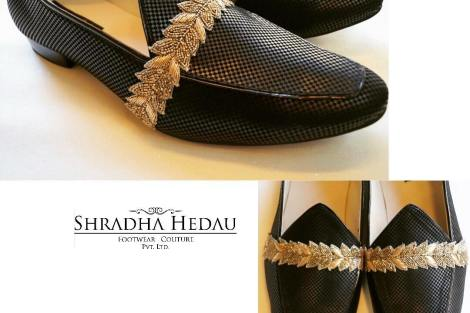 Indian groom footwear | Juttis |Indian wedding | Indian Groom Style | Sabyasachi |Rohit Bal | Anita Dongre| The RightSide |