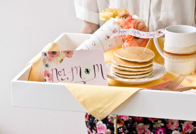 Mothers day gift ideas | Gift ideas for Indian Mothers | Brunch | Pancakes for our mom