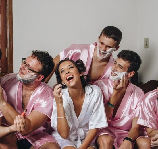 Bridesmaids shoot | Friends of the bride | Bridesmaid with her guy friends | brides friends dressed in robes | Getting ready shoot
