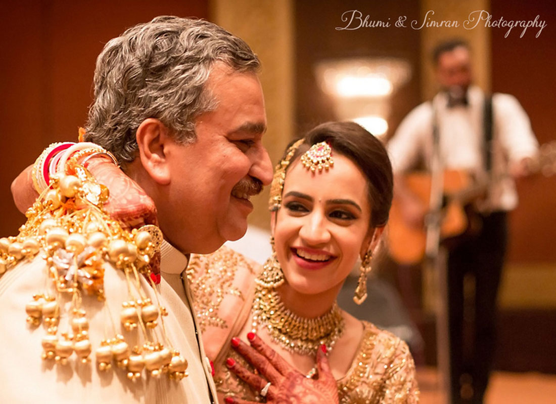 Father Of The Bride Photos Every Girl Must Have From Her Indian Wedding Witty Vows