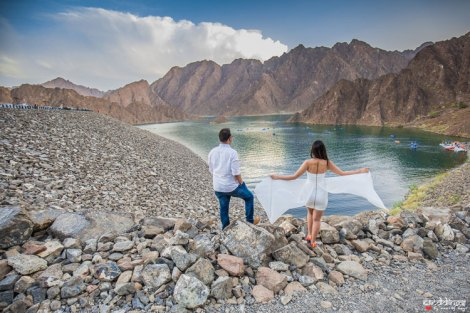 first anniversary idea, anupriya and ankit, aniversary photoshoot | Indian couple photoshoot in Dubai in matching white flowing dress and shirt