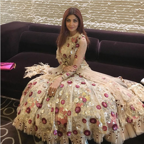 Bridesmaid's Dress ideas bollywood flaunted a.k.a Totally trendingWedding Outfit ideas for the Bride's Best friend | Shilpa Shetty wearing a pretty gold layered floral gown with full sleeves