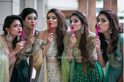 With Lo'real lipstick pens| Create memories with your BFF– Bridesmaids photoshoot Ideas WE LOVED!