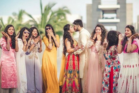 PDA in front of bridesmaids| Create memories with your BFF– Bridesmaids photoshoot Ideas WE LOVED!