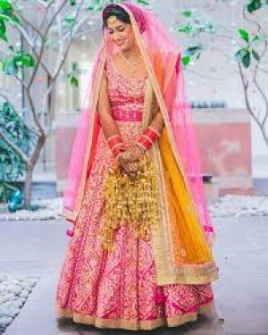Pink Shyam narayan lehenga | Bride with a budget - Affordable yet STUNNING bridal wear designers!