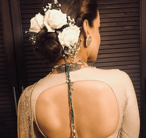 Kangana's floral hair |#VIRUSHKA - Fab Fashion Ideas to steal !