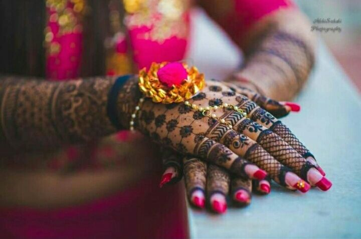 pretty nails | #JustMaaruThings - New TEEJ trends make it the new MINI MEHENDI