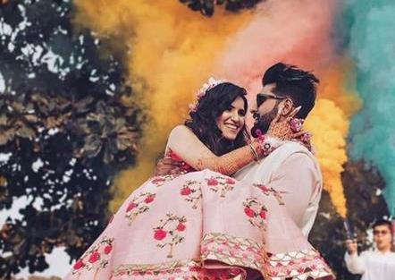 Post Wedding Photoshoot | Holi Celebrations | First Holi | Couple Photo shoot | Romantic | Couple goals | Smoke Bombs | Candid Wedding Photography