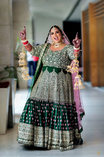 Curvy brides | Indian Weddings | Bridal Photography | Indian Bridal lehenga | Bridal Couture | Fashion | Green and gold |