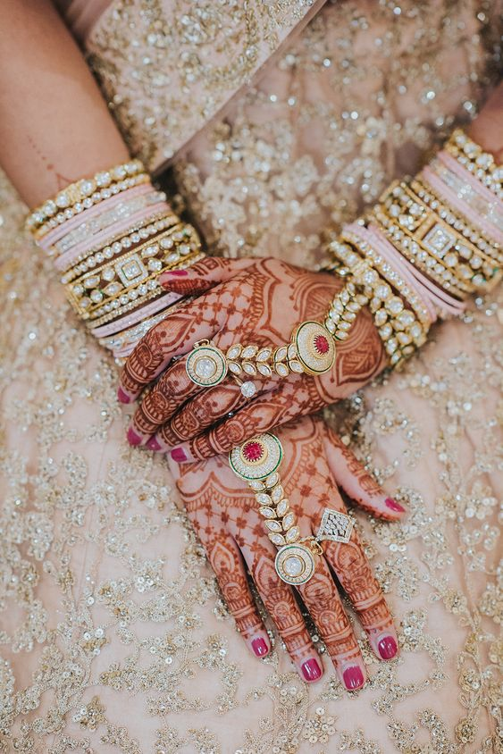 Light pink bangles paired | Kundan Jewels | Bridal Mehendi | Henna | Hathphool | Blush pink | Pretty | Indian bride