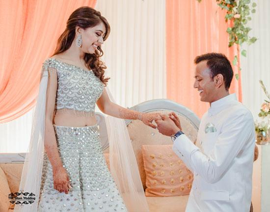 Actress Niti Taylor and fiance Parikshit at their enaggement | niti taylor engagement | engagement proposal photo