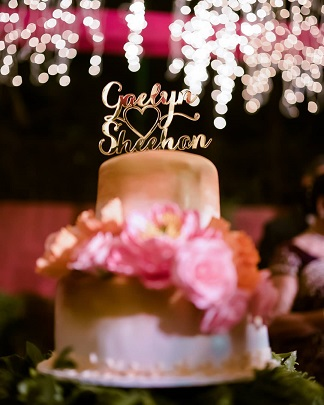 Bride and groom names on Cake Topper | Cake topper ideas | Wedding Cakes | love | Add names to your wedding | Detials wedding cake | 2020 Wedding Trend