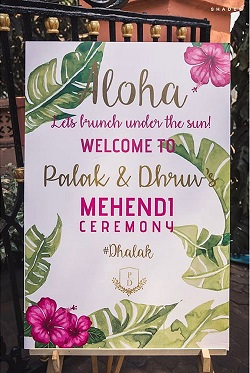 | 2020 Wedding Trend | Signage | Personalised sign boards | Names | Wedding trends