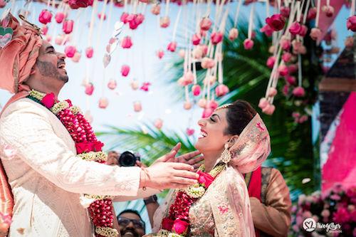 #pasha2019 | Beach wedding in Kenya | Paayal & Samir | Fun moments | Hanging flowers