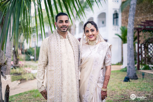 #pasha2019 | Beach wedding in Kenya | Paayal & Samir | Destinaton wedding | White Satee