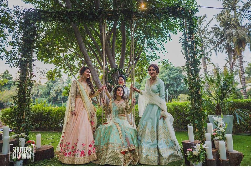 bridesmaid designer label | bridesmaids dresses | indian bridesmaids shoot | bridal lehenga | pastel lehengas | outdoor bridesmaids shoot | bride squad | indian wedding bridesmaid duties that should be done by your bff | eating with your best friend | bridesmaids duties Indian Bridesmaids | wittyviws |#indianwedding #indianbridesmaid #bridesmaids