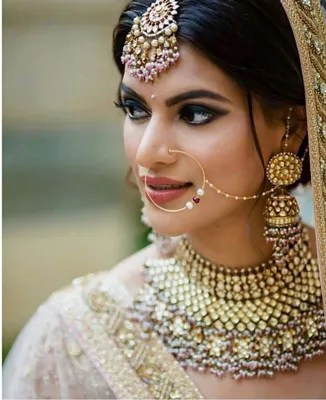 Real Indian Bride | Sabyasachi Bride | Pastel | Bridal makeup | Mumbai brides | Bridal Jewelry