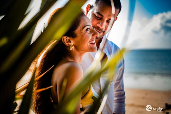 Romantic beach wedding in Kenya | Pre wedding shootinspiration | Destination Weddings | Goals