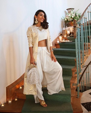 Fusion Wear | White outfits | newlywed | Indo western looks | Dhoti pants and crop top | Diwali looks