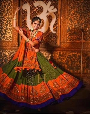 garba outfits |Green and orange | Color combination | Wedding lehenga | Ghagra choli | Dandiya nights | Garbha