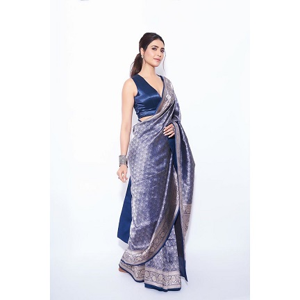 Outfit by Aroka | Handmade saree | Hand woven | Blue silk saree | Mother's Saree | Trending new sarees | Must have sarees | Karishma Tanna | Naagin