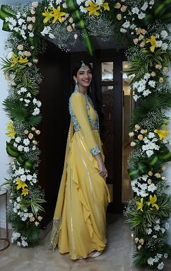 Mumbai based blogger | Fashion influencer | Ghar ka roka | Photo booth ideas | Home deor