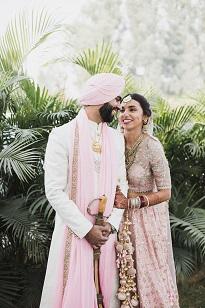 Pankhuri & Gobind | juts married | Matching outfits |